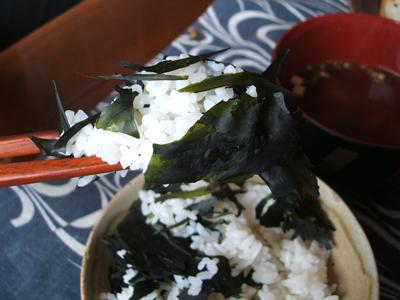 食べ方の見本_鳥取県大山町鷲見律子さんの新物板わかめ